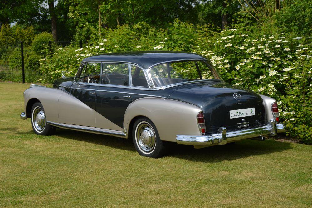 Classic park cars mercedes benz 300 d adenauer limousine for Mercedes benz winter park